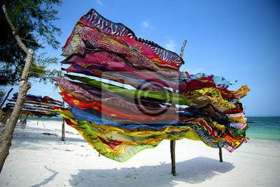 Bunte Schals in Kenia