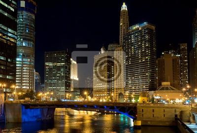 Chicago in der Nacht, IL, USA