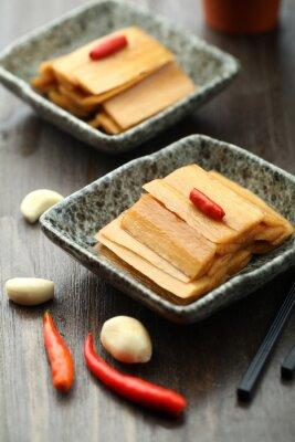 Poster Chinesische Küche serviert in einer Sauce Platte