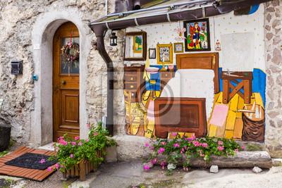 Cibiana, das Dorf von Wandmalereien, Alpen, Italien