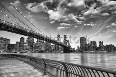 Poster Die Brooklyn Bridge in New York City.