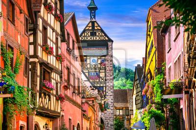 """Die schönsten Dörfer Frankreichs - Riquewihr im Elsass. Berühmte """"Vine rote"""""""