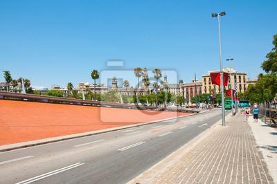 Die Straße, die von Port Vell in Barceloneta.