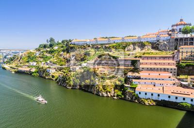 Douro Fluss und Weinkeller von Porto, Portugal