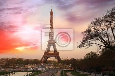 Eiifel Turm gegen Sonnenaufgang, Paris, Frankreich