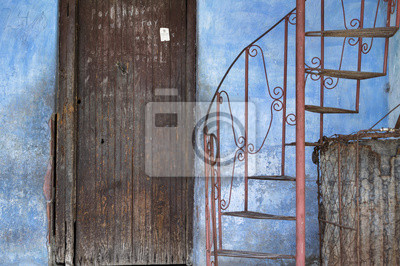 Eingang eines kolonialen Haus in Guantanamo, Kuba