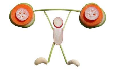 Ernähren Sie sich gesund ! Gemüsestreifen in Form eines Gewichtheber