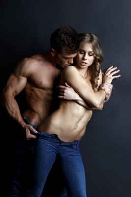 Poster Erotica Leidenschaftlich muskulösen Kerl Streifen sexy Mädchen