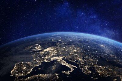 Poster Europa in der Nacht aus dem Weltraum, Lichter der Stadt, Elemente von der NASA