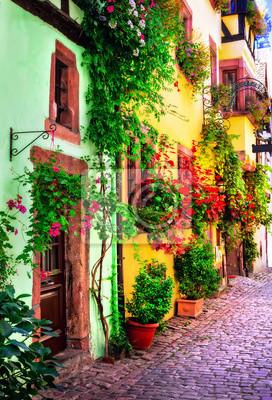 Floral traditionelle Stadt Colmar mit charmanten alten Straßen im Elsass. Frankreich