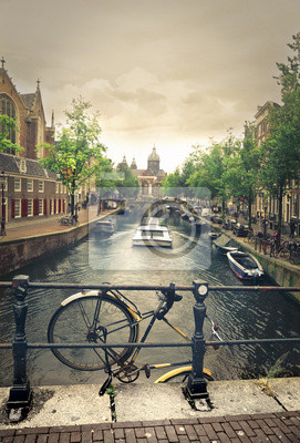 Fluss in Amsterdam