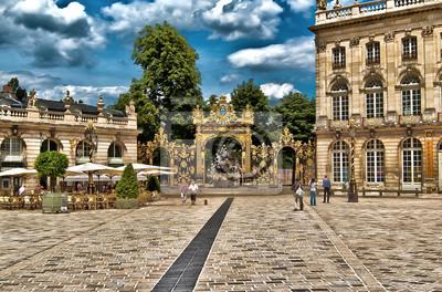 Fontaine Neptune sur la Place Stanislas Nancy à HDR