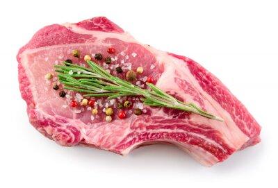 Poster Frisches rohes Fleisch isoliert auf weißem Hintergrund. Bio-Lebensmittel.