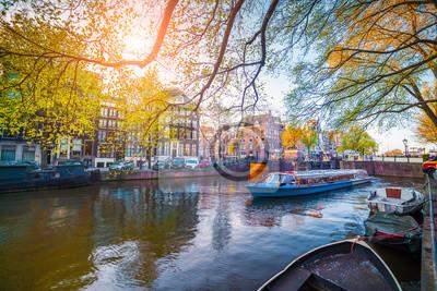 Frühling Szene in Amsterdam Stadt