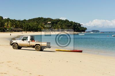 Fuoristrada sulla spiaggia