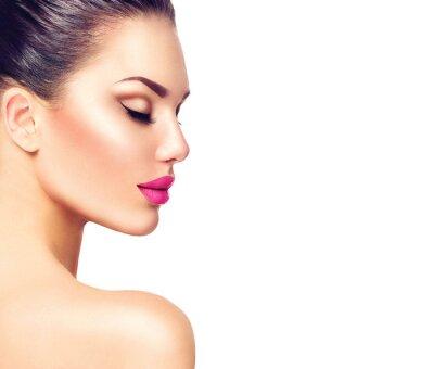 Poster Gorgeous Mode-Modell Mädchen Porträt auf einem weißen Hintergrund