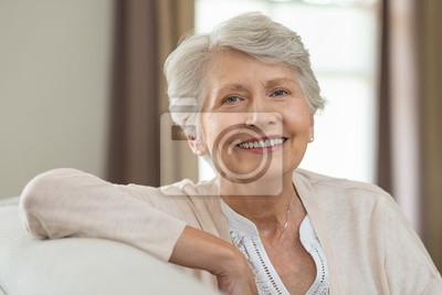Poster Happy senior woman