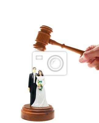 Hochzeitspaar Figuren und Gericht Hammer, auf weiß
