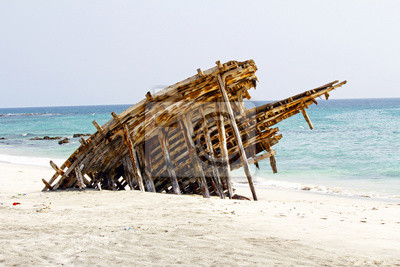 Holz Wrecked Ship in Oman, Massirah Insel