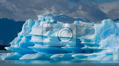 Icebergs on the mountain lake in Argentina.