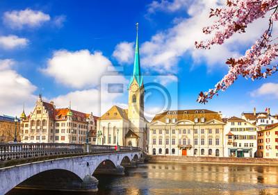 Innenstadt von Zürich am Frühling sonnigen Tag