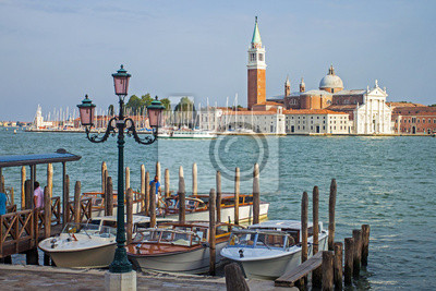 Italien, Venedig. Typische Stadtansicht in der frühen Moning nebligen