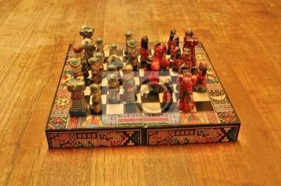 Jeu d'échecs amérindiens vs Konquistador en bois