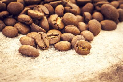 Poster Kaffeebohnen auf Holzuntergrund