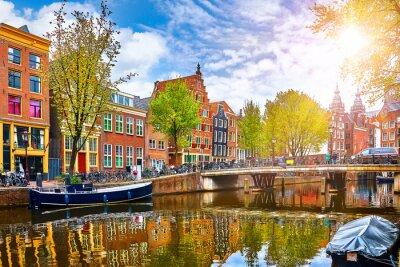 Poster Kanal in Amsterdam Niederlande Häuser Fluss Amstel Wahrzeichen