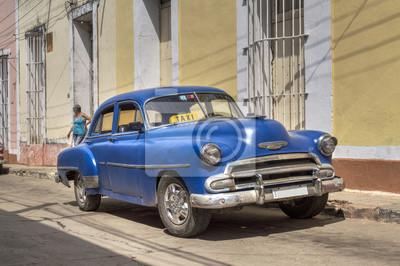 Klassische amerikanische alten blauen Auto in Trinidad, Kuba