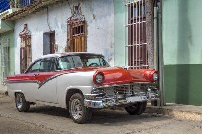 Klassische amerikanische altes Auto in Trinidad, Kuba