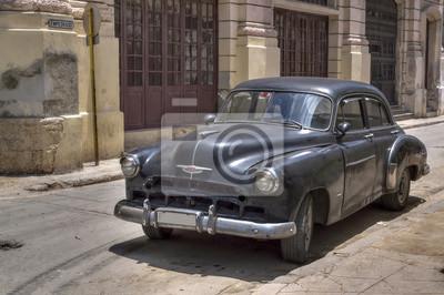 Klassische schwarze amerikanisches Auto in der Altstadt von Havanna, Kuba