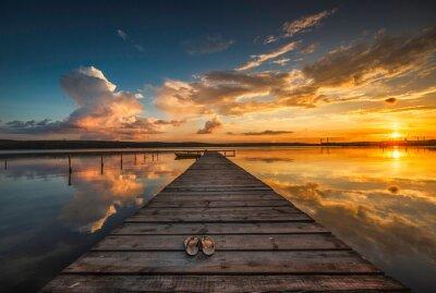 Poster Kleine Dock und Boot am See