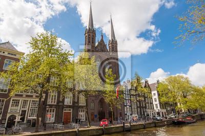 Krijtberg Kerk Kirche Fassade in Amsterdam, Niederlande.