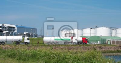 Lkw mit Kraftstofftanks