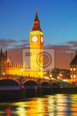 London mit dem Uhrturm und Houses of Parliament