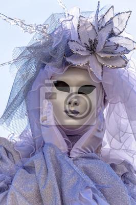 Maske posiert am Karneval in Venedig