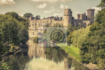 Mittelalterliche Burg Warwick, Groß touristische Attraktion in UK