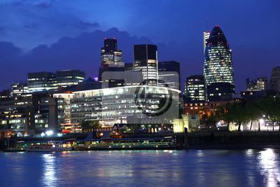 Modern London bei Nacht