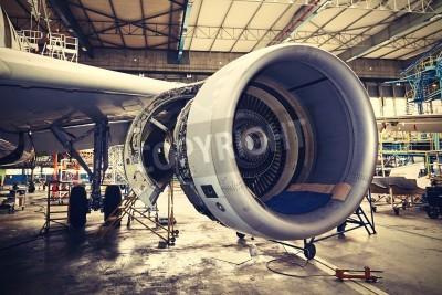 Poster Motor des Flugzeugs unter schwerer Wartung