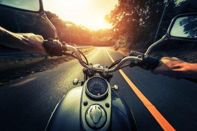 Poster Motorrad auf der leeren Asphaltstraße