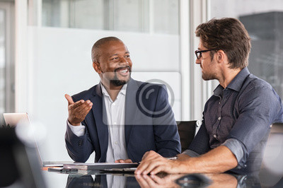 Poster Multiethnic business people in meeting