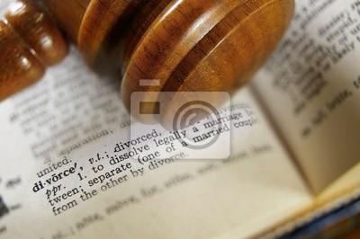 Nahaufnahme von einem Hammer und Scheidung Definition