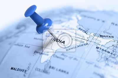 Ort Indien. Auf der Karte blau Pin.