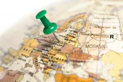 Ort Polen. Auf der Karte grün Pin.