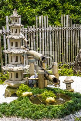 Pagada Stein Und Bambus Brunnen Im Japanischen Garten Wandposter