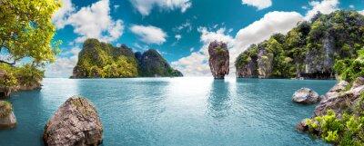 Poster Paisaje pintoresco.Oceano und montañas.Viajes und aventuras alrededor del mundo.Islas de Tailandia.Phuket.
