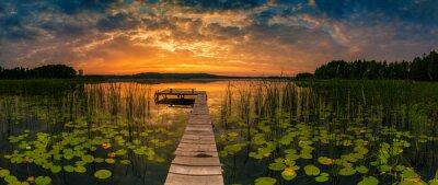Poster Panorama of beautiful sunrise over lake