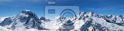 Poster Panoramablick auf schneebedeckte Berggipfel