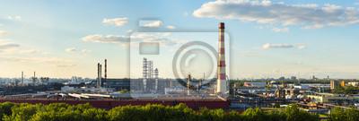 Panoramablick von Moskau Öl-Fabrik für die Verarbeitung von GAZPROM